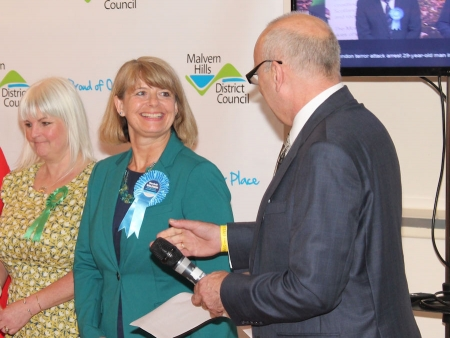 Malvern Hills District Council chief executive Jack Hegarty announces the West Worcestershire seat win by Harriett Baldwin MP.