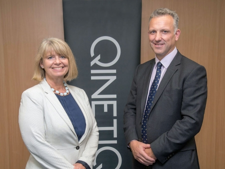 Harriett Baldwin MP meets with QinetiQ's James Willis (photo credit: Martin Humby)