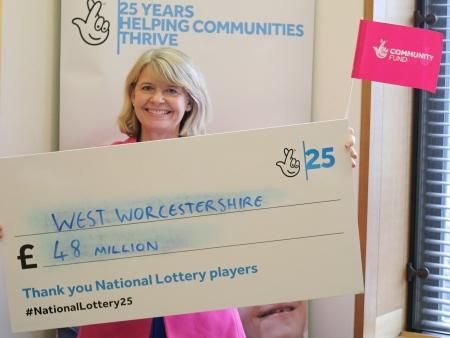 Harriett Baldwin MP celebrates 25th birthday of the National Lottery