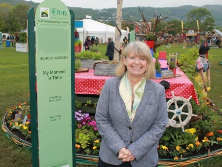 Harriett Baldwin MP visits the Bredon School garden at the RHS Spring Show in Malvern.