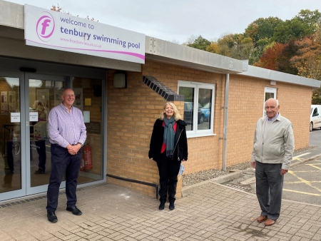 At Tenbury Swimming Pool with Adrian Taylor, Harriett Baldwin MP and Alan Dale
